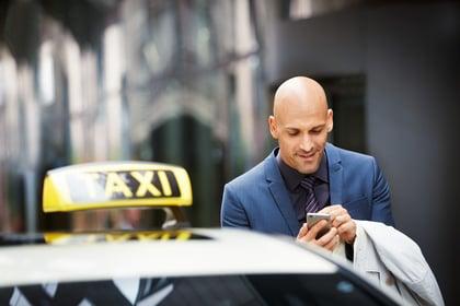 viaggiare informati spostamenti in taxi